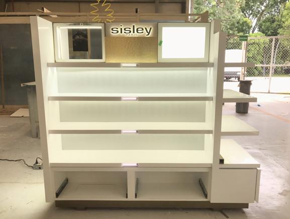 construccion-de-mobiliario-comercial-sisley-luxury-design-12