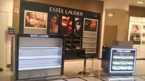 3-fabricacion-de-mobiliario-comercial-estee-lauder-chetumal-luxury-design