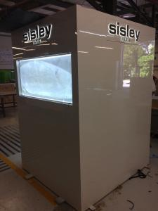 construccion-de-mobiliario-comercial-sisley-luxury-design-10