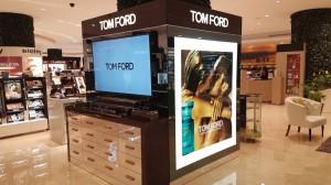 construccion de mobiliario comercial tom ford ultrafemme 2017 6