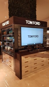 construccion de mobiliario comercial tom ford ultrafemme 2017 5