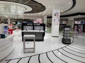 fabricacion-de-mobiliario-comercial-bobbi-brown-chetumal-luxury-design-4