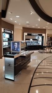 fabricacion-de-mobiliario-comercial-chanel-chetumal-luxury-design-3