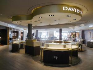 fabricacion-de-mobiliario-comercial-david-yurman-los-cabos-7