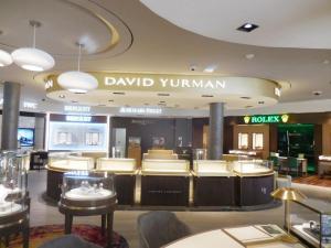 fabricacion-de-mobiliario-comercial-david-yurman-los-cabos-8