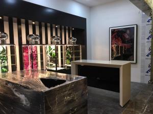 fabricacion-de-mobiliario-comercial-jo-malone-london-luxury-design-nov-2017-17
